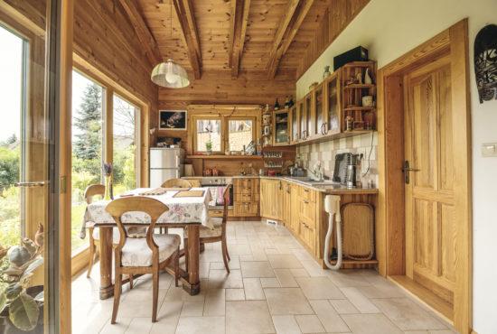 Interiér roubenek: Když má dům duši